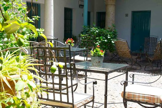 Hospes Las Casas del Rey de Baeza Sevilla: Vue du patio