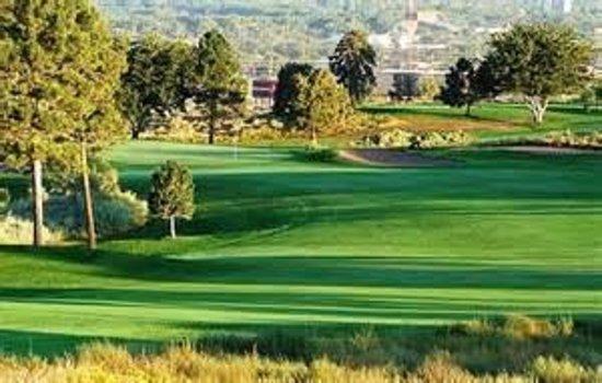 Comfort Inn Albuquerque Airport: Close to UNM Golf Course