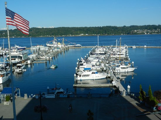 Hampton Inn & Suites Bremerton : View from our room.