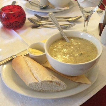 The Riverside: Starter - soup