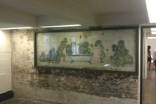 Gedenkstätte und Museum Sachsenhausen: cartoons int he kitchen - not what you would expect