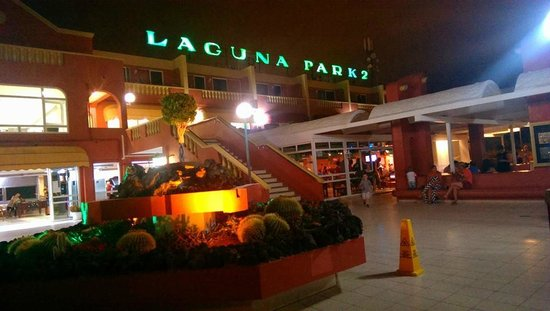 Laguna Park 2 : Front of hotel