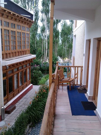 Hotel Ladakh Greens: corridor 2 level