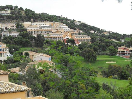 Amarante Golf Plaza : hotel vu d'en bas