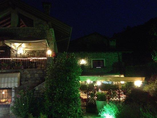 Cantonmezzo: Terrasse