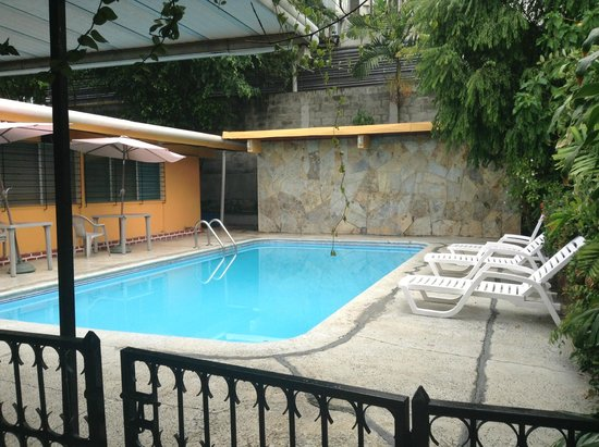 Hostal Cocos Inn: Piscina