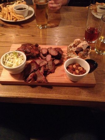 Fireside Grille : Smoked barbecue platter.