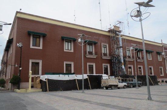 Palacio de Gobierno : 外観改装中