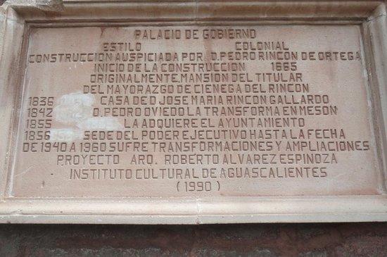 Palacio de Gobierno : レリーフ