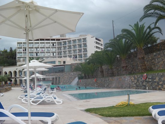 Mirabello Beach & Village Hotel: pool area