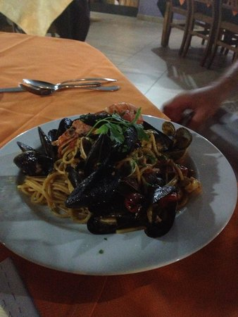 Il Brigantino : Freschissimi spaghetti allo scoglio!