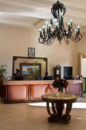 Protea Hotel by Marriott Livingstone : The lobby
