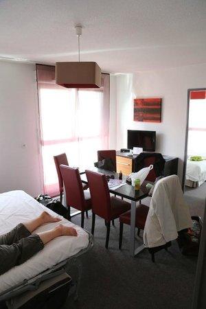 Lagrange City Apart'Hotel Strasbourg Wilson : Living room