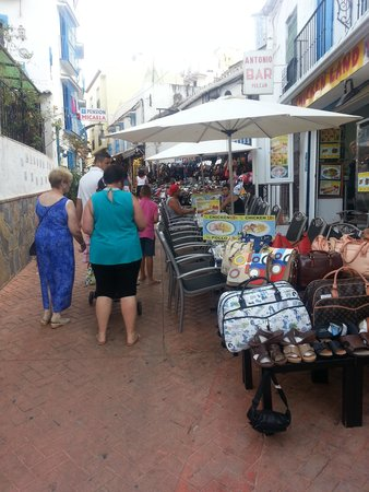 Gran Cervantes by Blue Sea: Quaint shops leading to beech