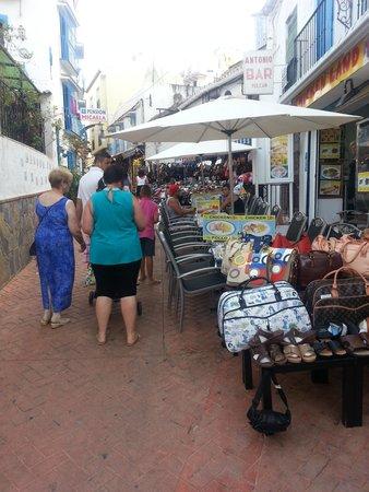 Gran Cervantes by Blue Sea : Quaint shops leading to beech