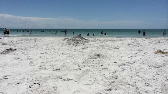 Fort De Soto Park: Towards the end of the day not to crowded