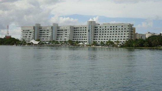 GHL Relax Hotel Sunrise: Vista desde el mar!