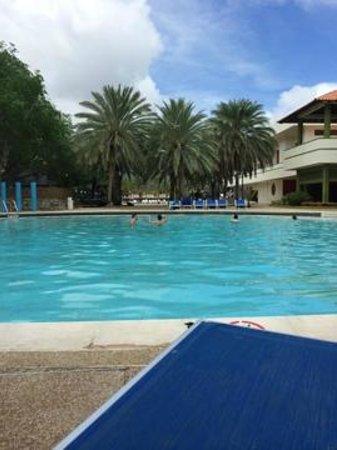 Dunes Hotel & Beach Resort: piscina
