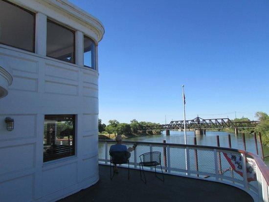 Delta King : Private balcony/deck