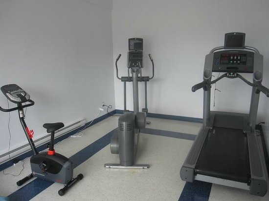 Hotel Les Suites Labelle : The exercise room