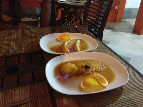 La Rougaille Creole : Our flambated deserts