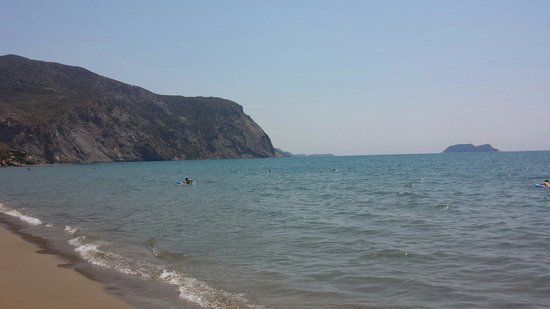 Klelia Beach Hotel: Ионическое море (поселок Каламаки)