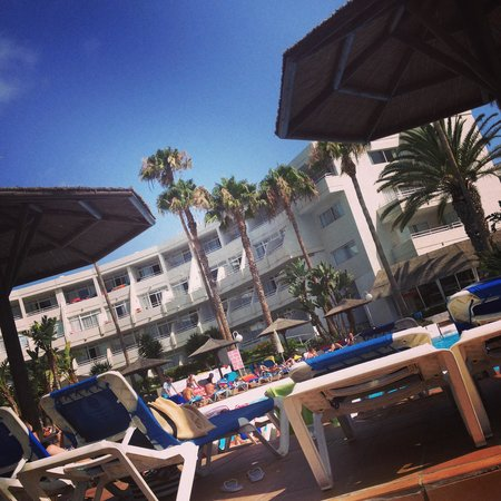 Sol Lanzarote All Inclusive: By the pool
