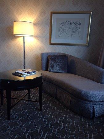 The Ritz-Carlton, Chicago : Setting area