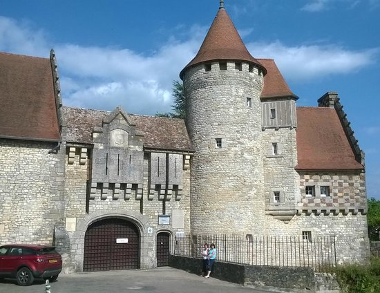 Hattonchatel Chateau : The Front Entrance