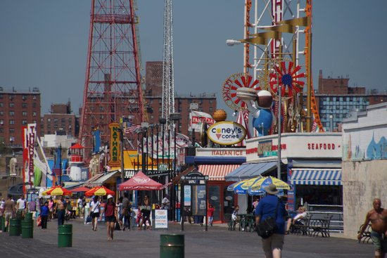 Coney Island USA: Coney Island Boardwalk