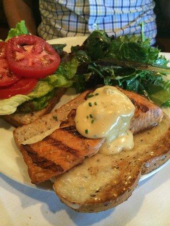 Suzanne's Cuisine: Atlantic salmon sandwich