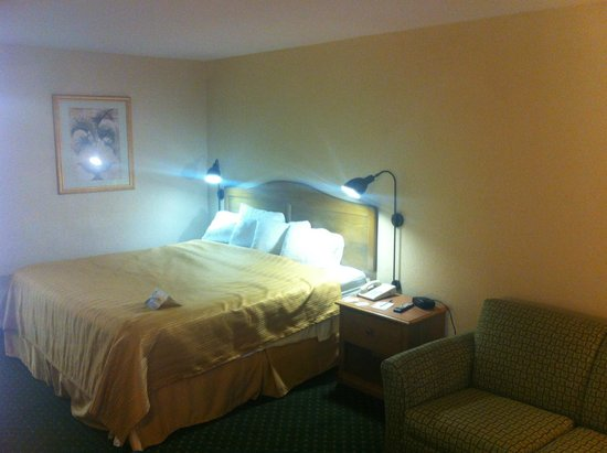 Quality Inn: The room I was in :)