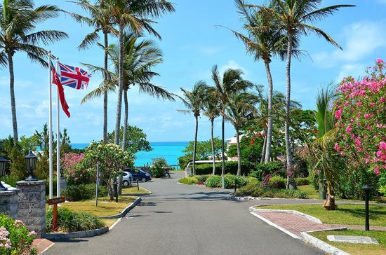 Entrance to Cambridge Beaches Resort and Spa