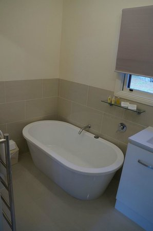 Quamby Homestead: Bathroom in the School House