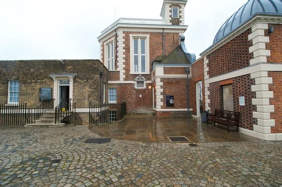 Royal Observatory Greenwich: Royal Observatory Courtyard