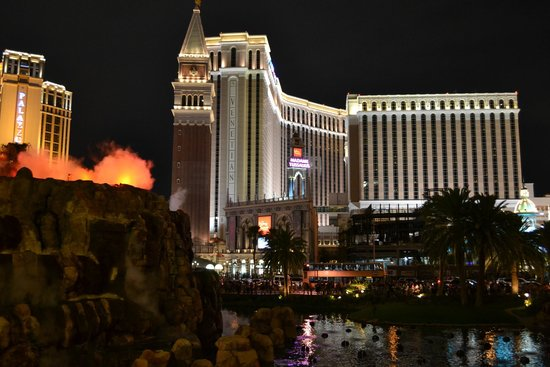The Venetian Las Vegas: View of the hotel from Treasure Island