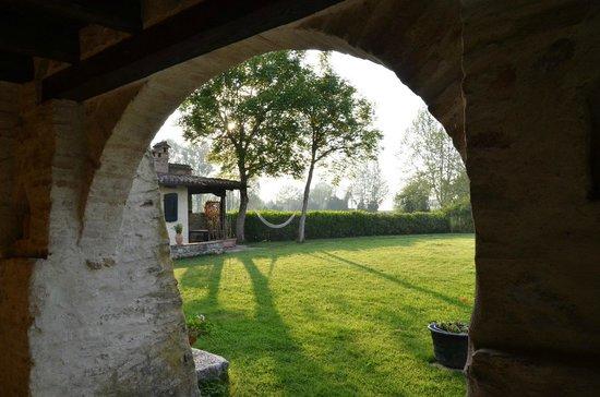 Casa Medievale del Mugnaio B&B: vue sur la campagne le matin