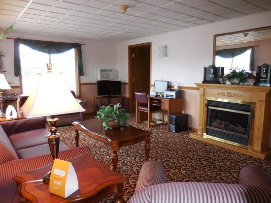 Econo Lodge: Newly Remolded Lobby
