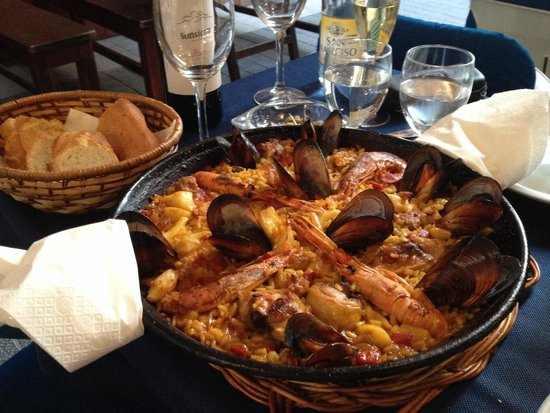 La Parrilla : Paella for 2 person