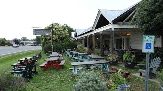 Foster's Market: Outdoor view