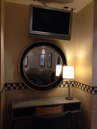 Hard Rock Hotel at Universal Orlando : restroom Ladies
