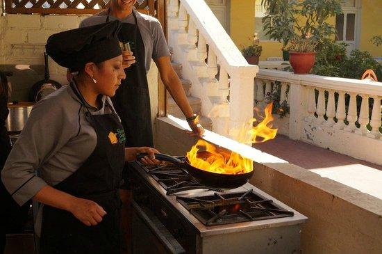 Peruvian Cooking Experience: Lomo saltado