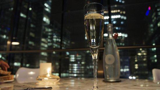 Plateau: Champagne