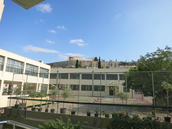 Herodion Hotel: View to Parthenon from Room #319