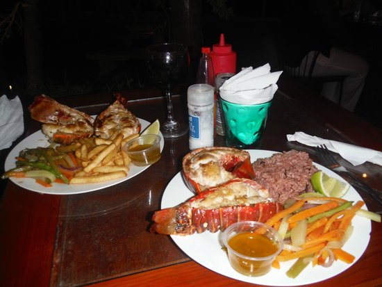 Henry Morgan Resort : Queues de langoustes au restaurant Foster's