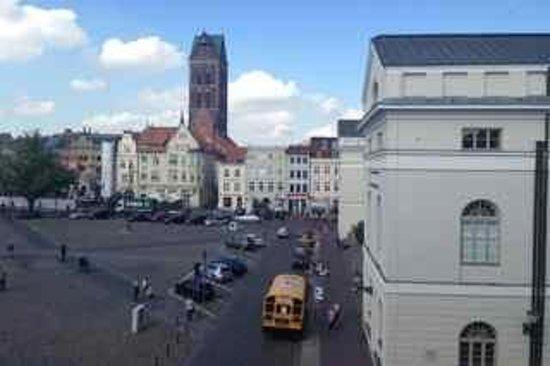 Steigenberger Hotel Stadt Hamburg: View from the Market Suite