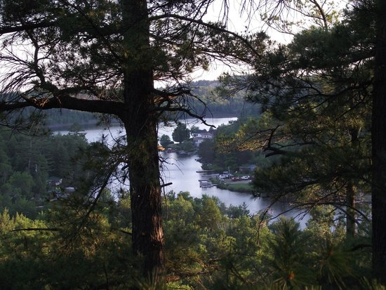 Charlton Lake Camp: A gorgeous view from the trail