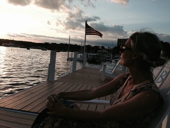 Bella Vista Suites: Dock @ Sunset