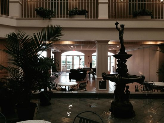 Bella Vista Suites: Lobby