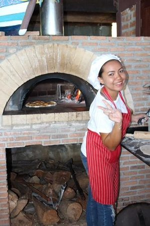Sabai Corner: wood fired pizza prepared infront of you yumo !!!